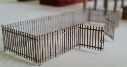 ARCHN0022 Arch Laser : Palisade Security Fencing N Gauge